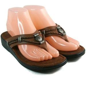 Womens Minnetonka Slip On Thong Sandal 7 Brown